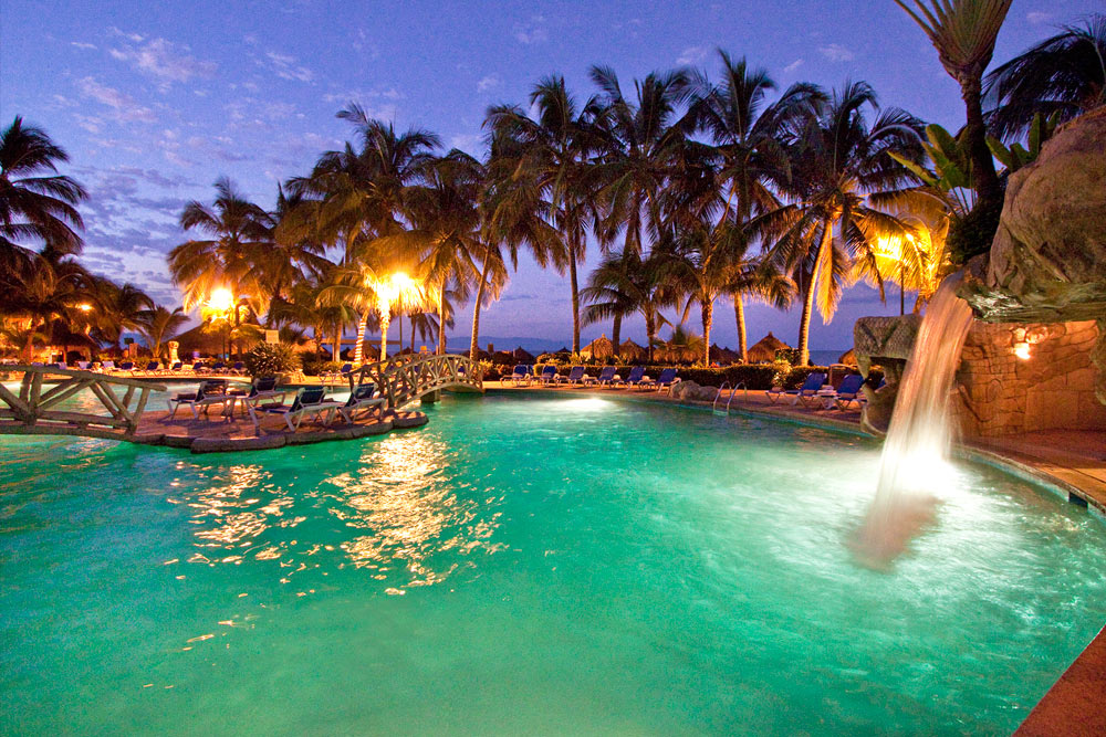 Family Vacation All Inclusive Beach Resort In Puerto